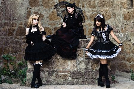 Beautiful Gothic People 47218