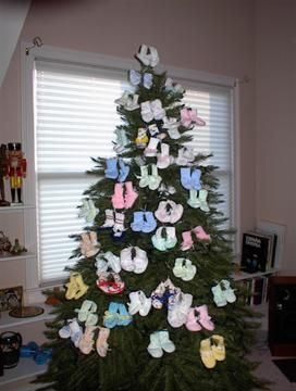 Knit Booties Christmas Tree - nice site full of free patterns ...
