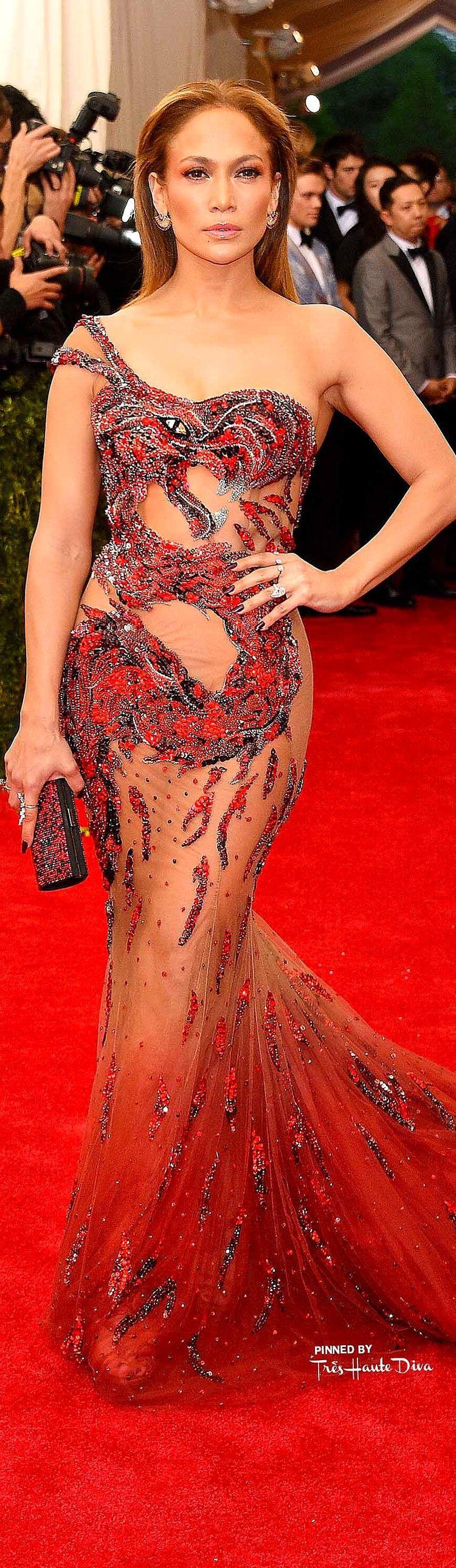 Jennifer Lopez in Versace ♔ Très Haute Diva ♔