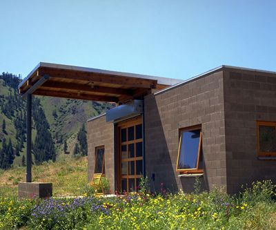 Modern Nw Cabins Build Blog Cinder Block House Small House Small House Construction