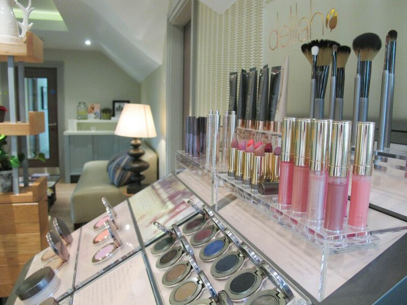 Calcot Spa in the Cotswolds, offering delilah cosmetics for beautiful makeup treatments. http://www.calcotmanor.co.uk/calcot-spa/spa-days/