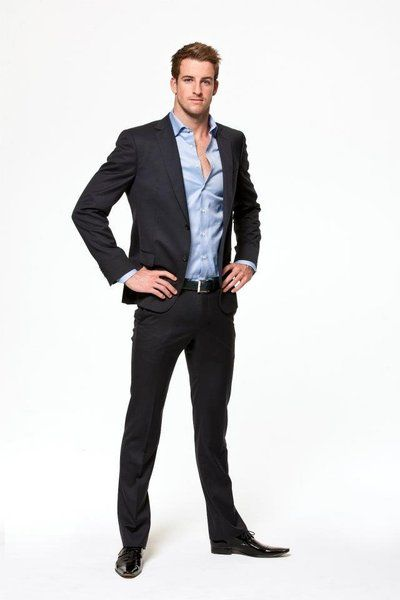 James Magnussen, hot swimmer, pretty darn hot in a suit, too!