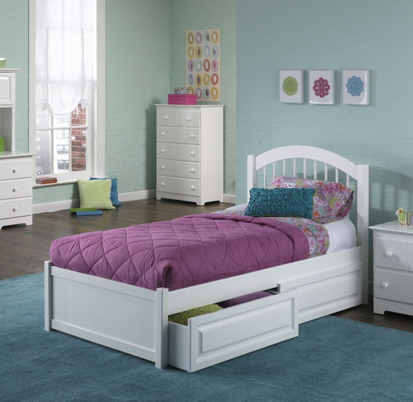 Windsor Cottage White Solid Wood Twin Bed w/Matching Foot Board ...