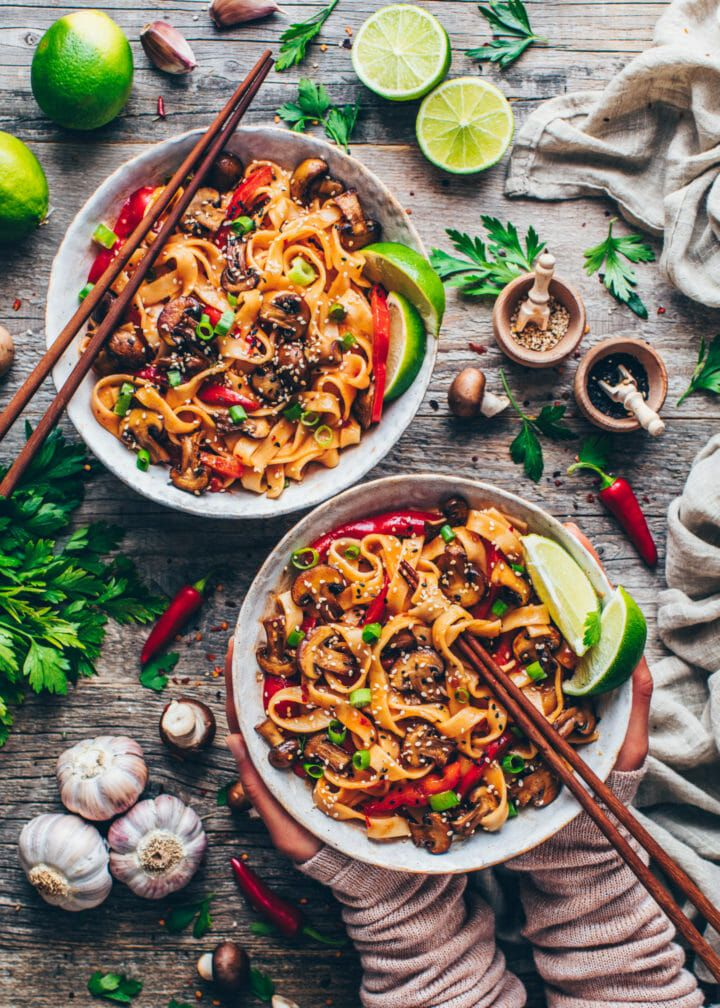 Asia Nudeln mit Gemüse | 20-Minuten Nudelpfanne - Bianca Zapatka | Rezepte