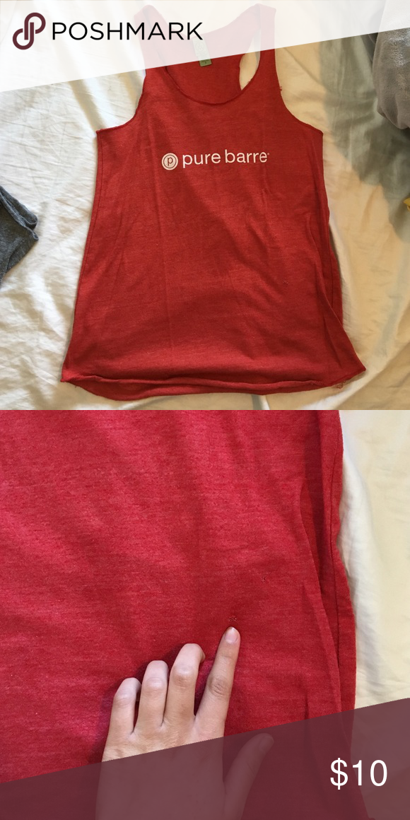Pure bare tank Res PB tank. Worn twice, small hole I just discovered. pure barre Tops Tank Tops