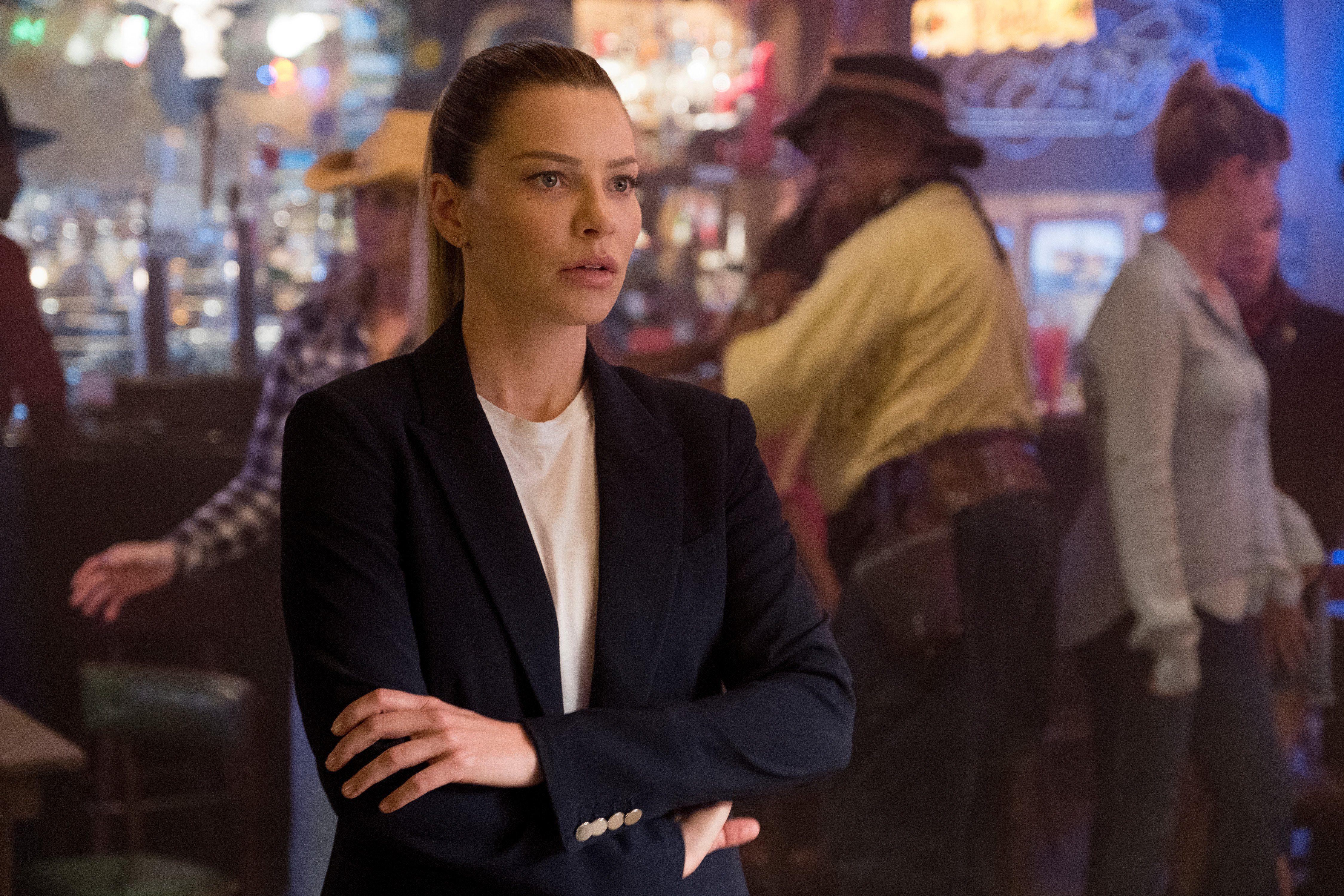 Lucifer Season 5 Spoilers Chloe Decker Actress Leaks A Possible Season 5 Confirmation On Twitter Chloe Decker Lucifer Lauren German