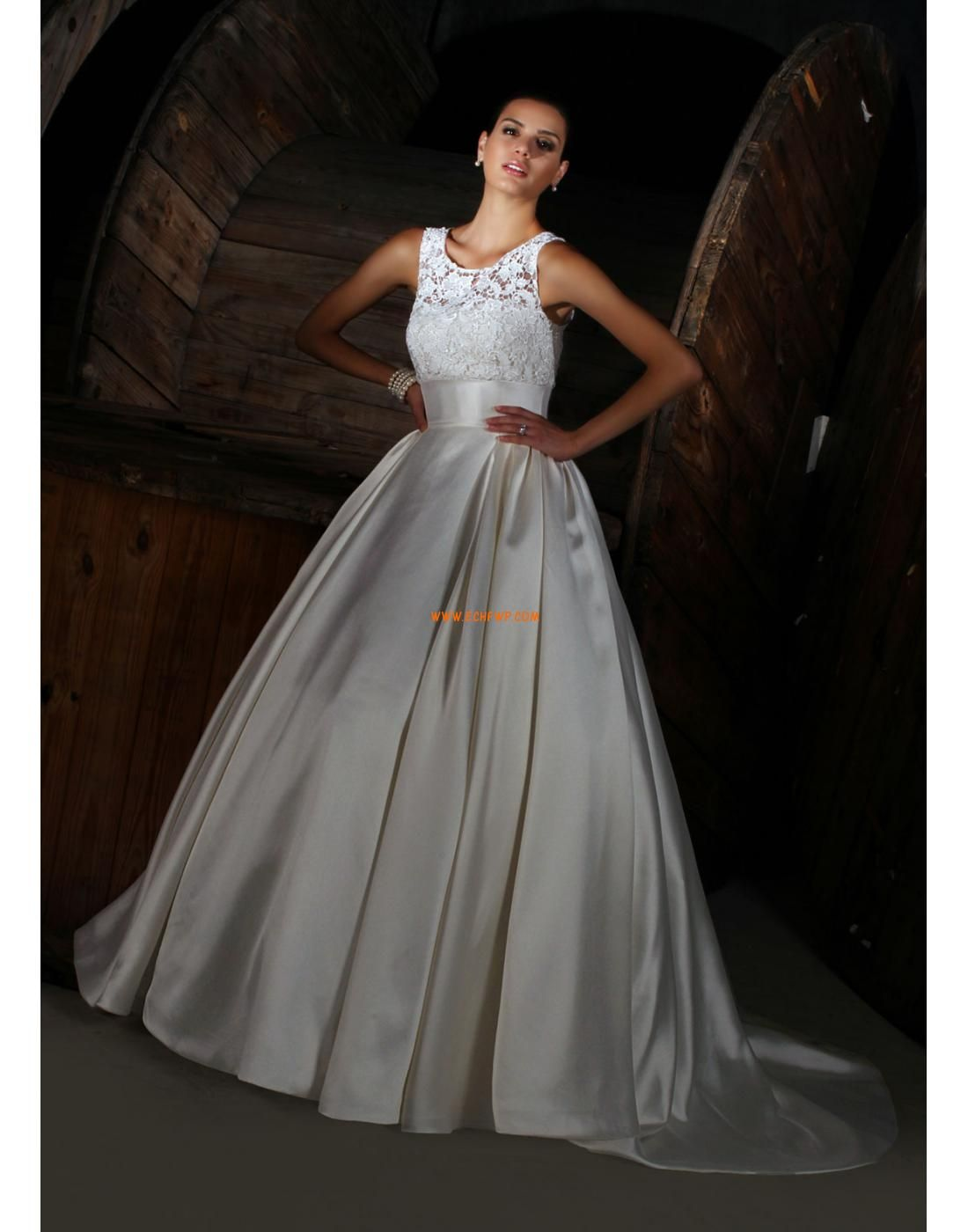 Plus size retro wedding dresses  Glittra u Skin Elegant u Lyxig Ärmlös Bröllopsklänningar