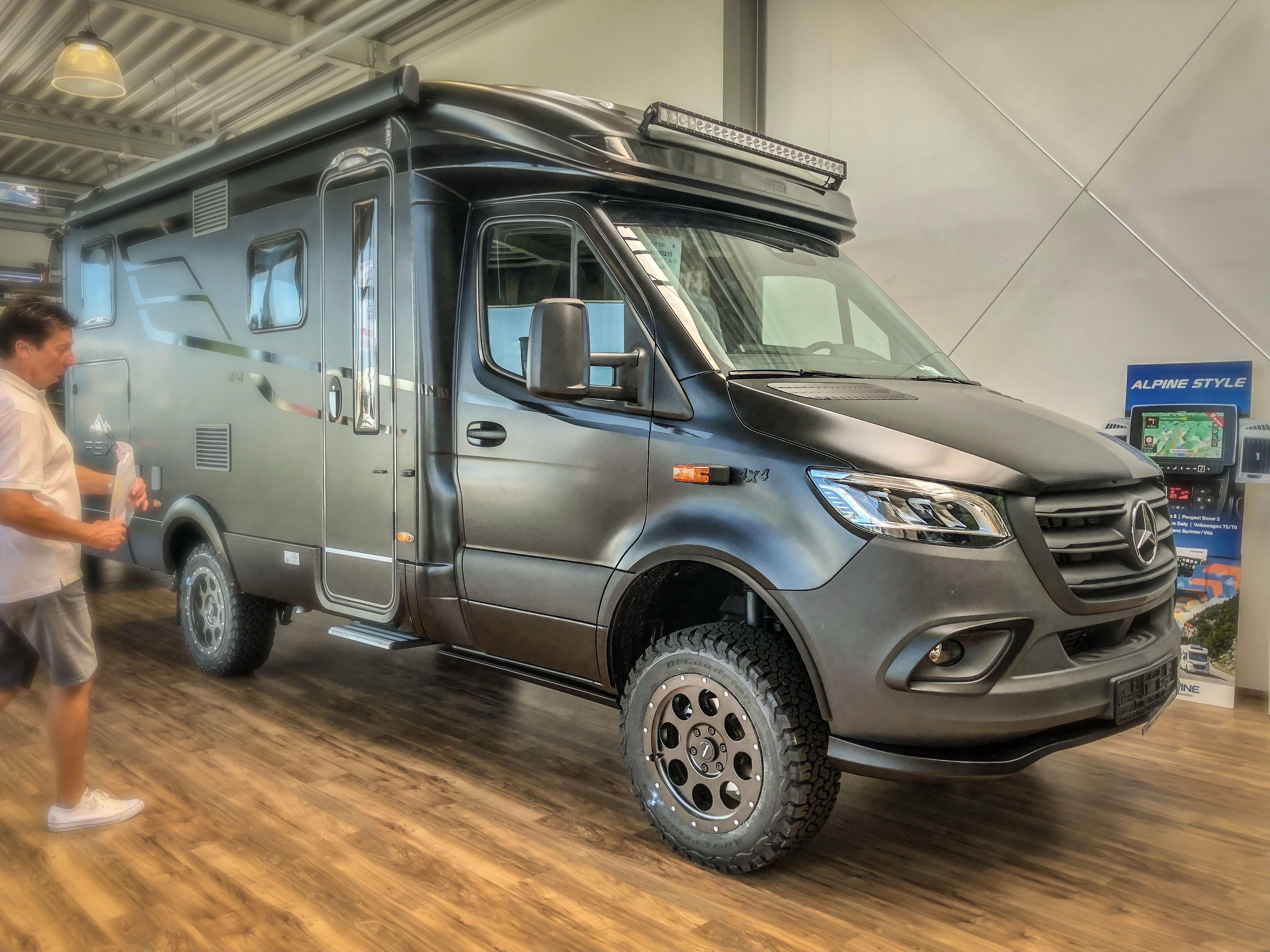 Black-Matte-Edition  10x10 wohnmobil, Allrad wohnmobil, Offroad