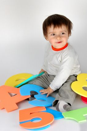 Brain Building Activities: How to make the most of the critical first 2  years of baby's development, including brain building activities!