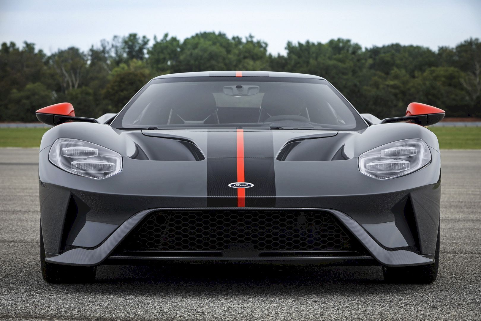 2019 Ford Gt Carbon Series Attacks Track And Drive Home Ford Gt 2019 Ford Car Ford