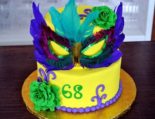 Mardi Gras Cake by Simply Sweet Creations (www.simplysweetonline.com)