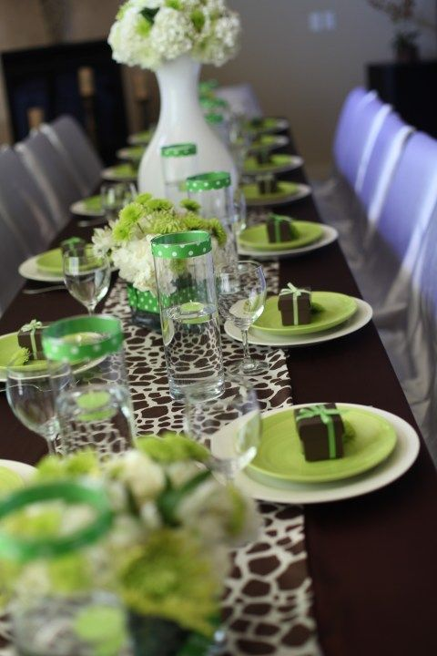 Green And Brown Table Decorations Switch Out The Green For Orange Or Red Or Yellow