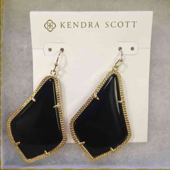 Kendra Scott Alexandra Brand new ks Alexandra $55 on mer Kendra Scott Jewelry Earrings