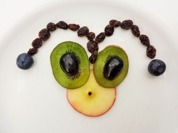 fruit faces  fun kids food toddler health kids meals