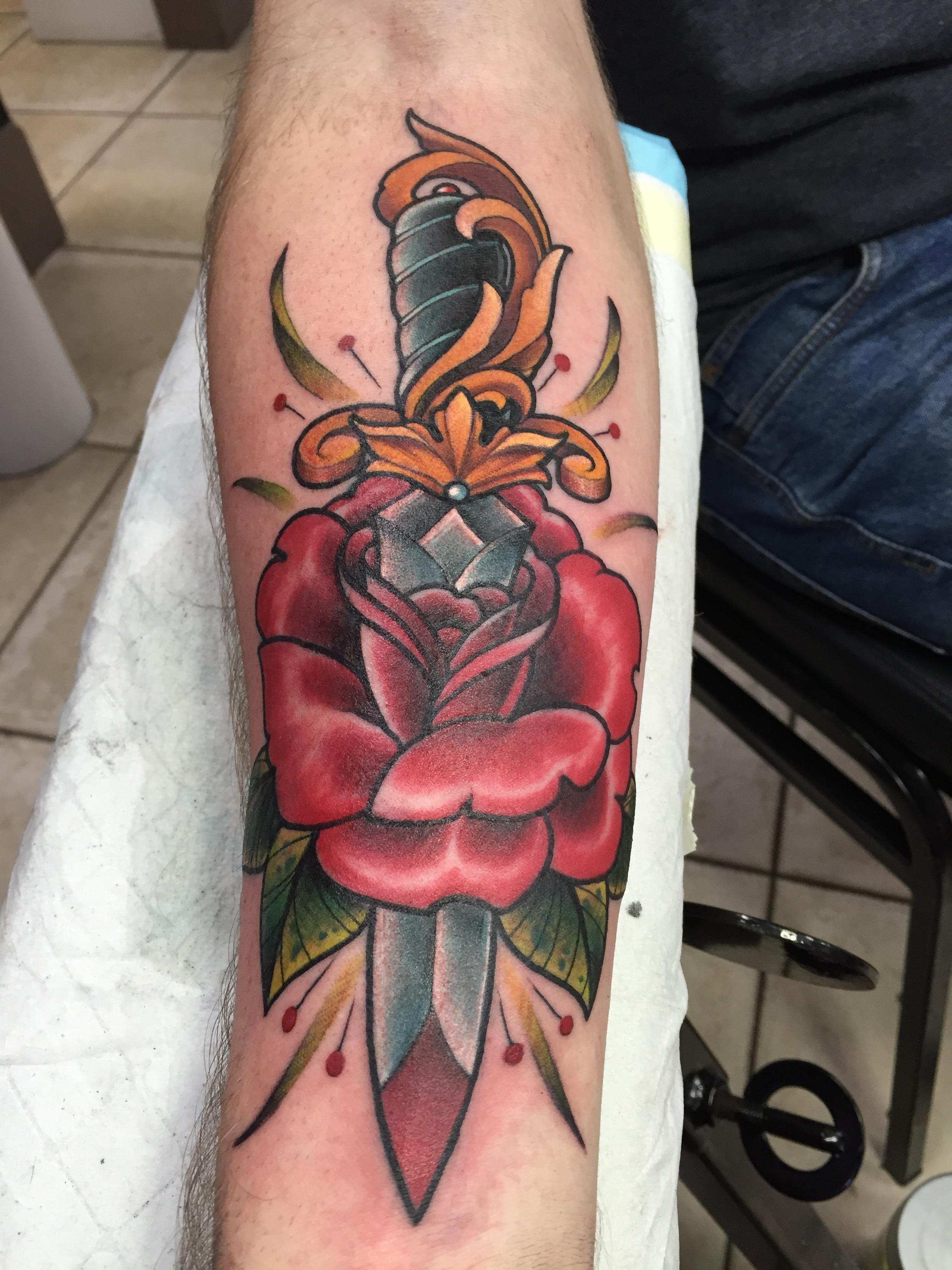 ZRIk2eD.jpg (2448×3264) Traditional dagger tattoo, Rose