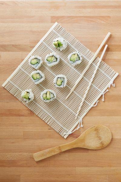 Sushi Making Kit - Urban Outfitters