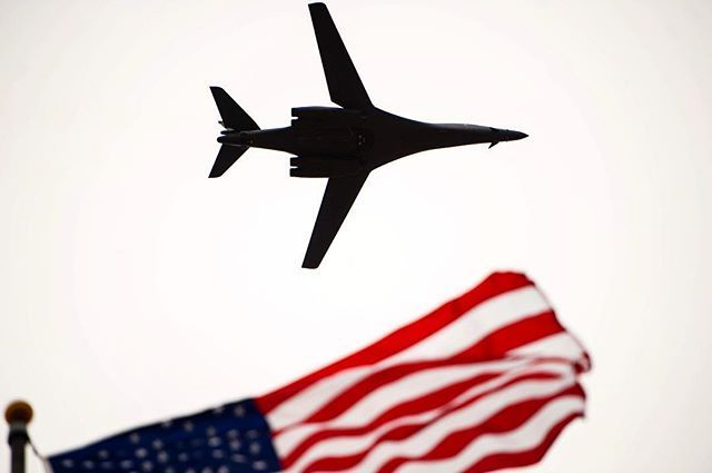 A #B1Lancer flies over the Norma Brown building during the 75th Diamond Anniversary ceremony on #GoodfellowAFB, Texas. The B-1 carries the largest payload of both guided and unguided weapons in the #AirForce inventory, the multi-mission B-1 is the backbone of America's long-range bomber force. It can rapidly deliver massive quantities of precision and non-precision weapons against any adversary, anywhere in the world, at any time. @USAirForce photo by Senior Airman Scott Jackson