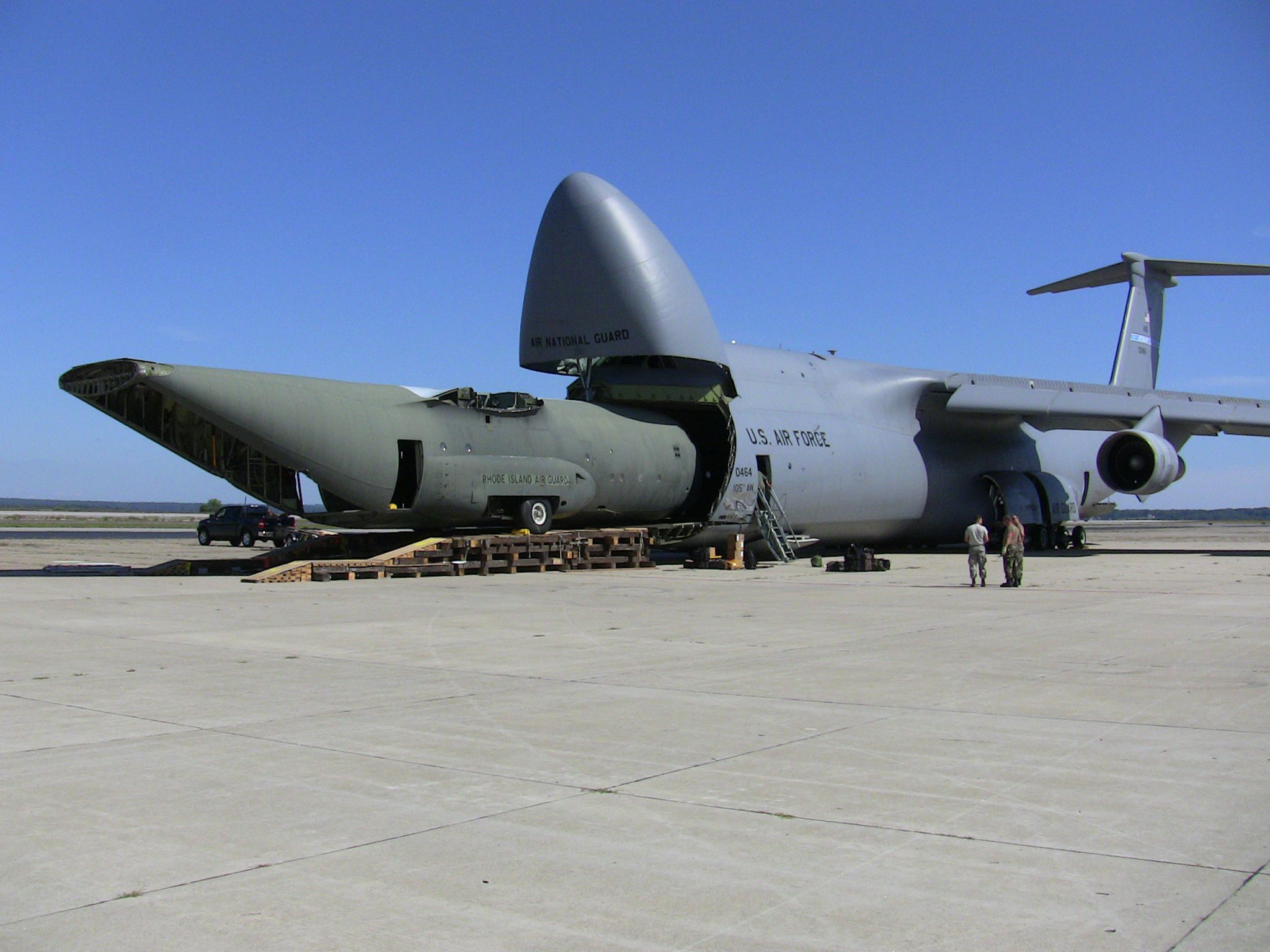 what can fit inside a c-5 galaxy? (oc) | planes, aircraft and