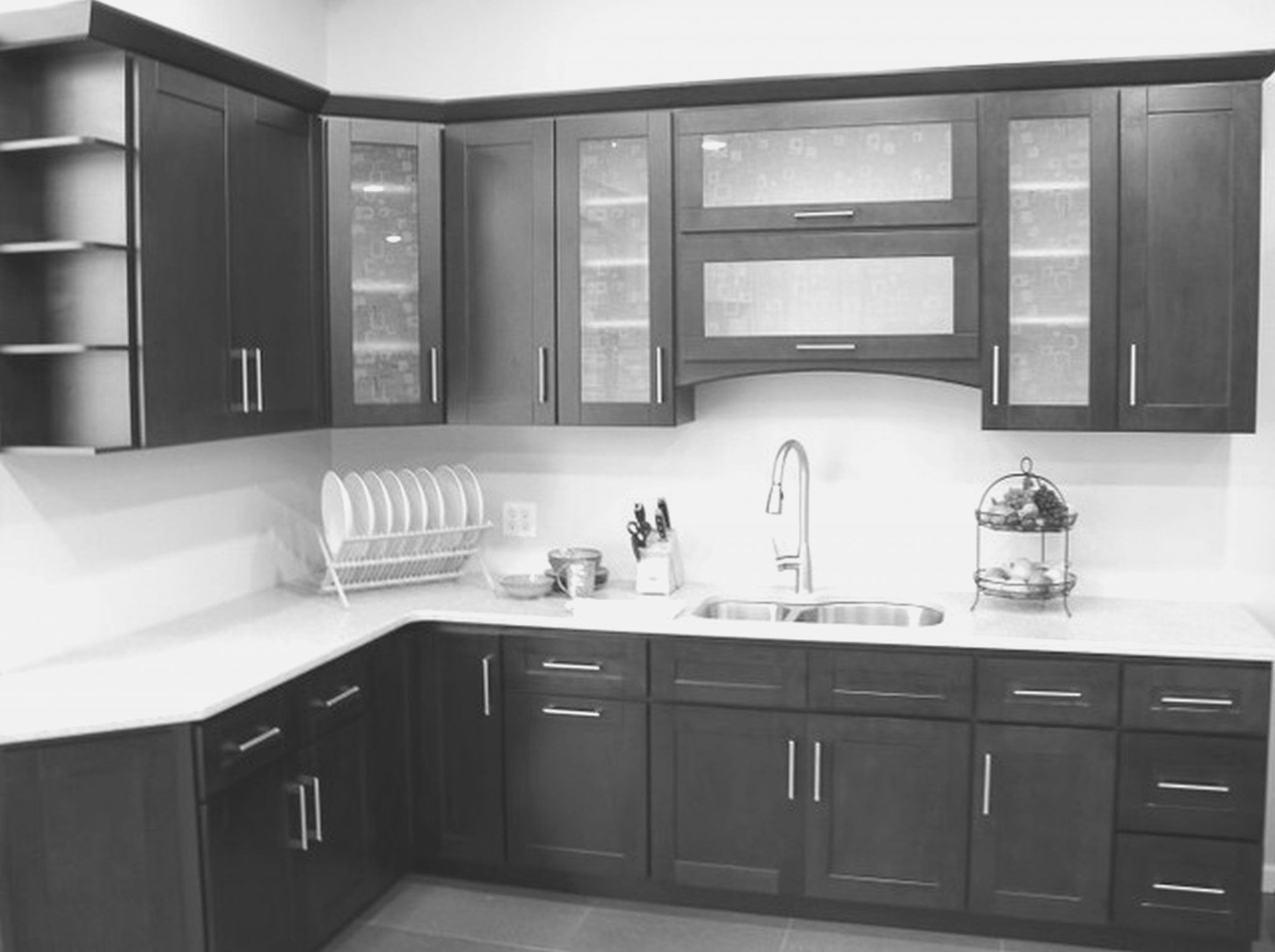 Beautiful Frosted Glass Kitchen Cabinet Doors Design Ideas If You Re Going To Renovate Your Simple Kitchen Cabinets Simple Kitchen Design Tiny Kitchen Design