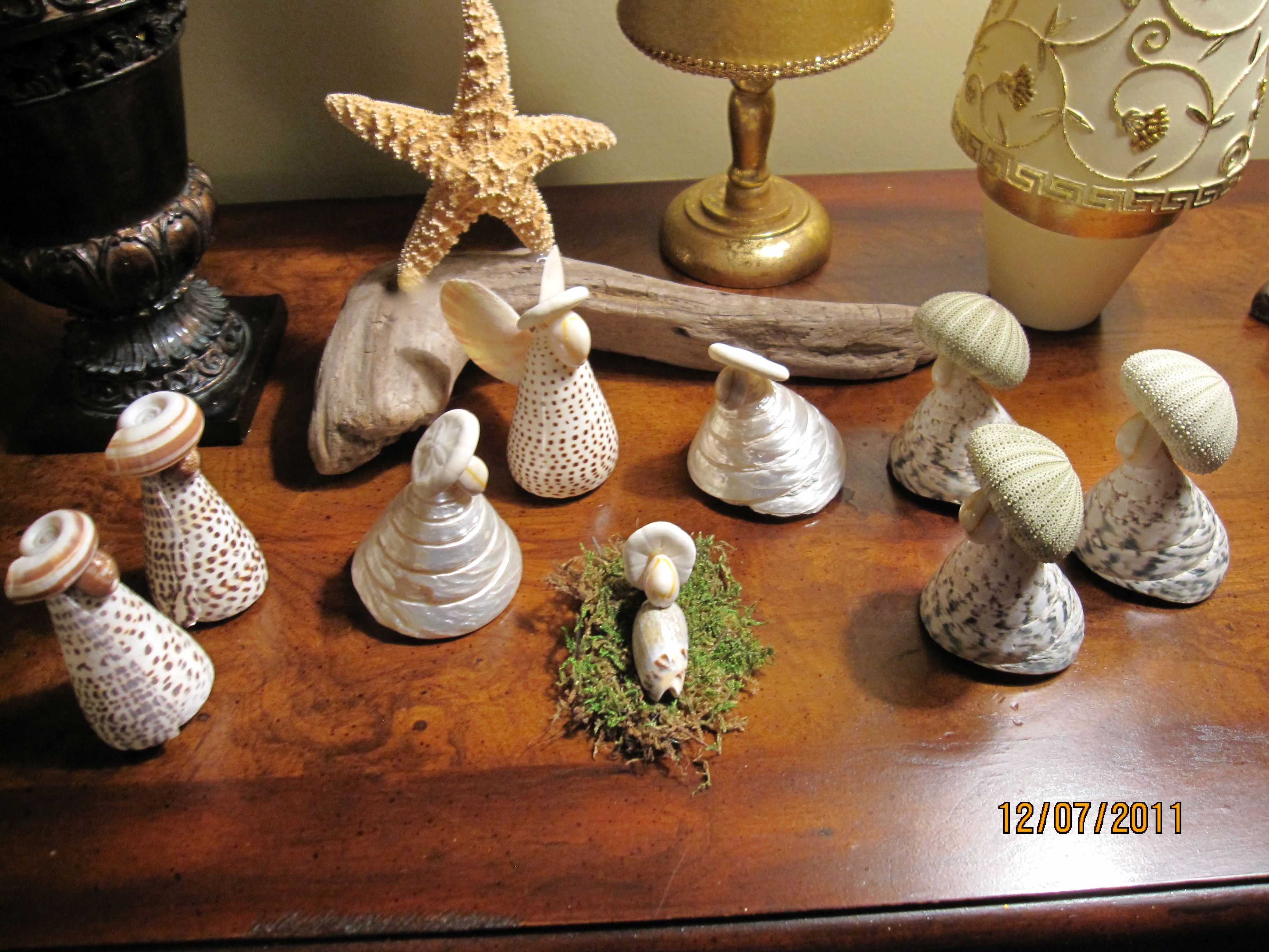 Sea shell christmas ornaments - One Of My Favorite Nativity Scenes Made From Shells Purchased At The Beach