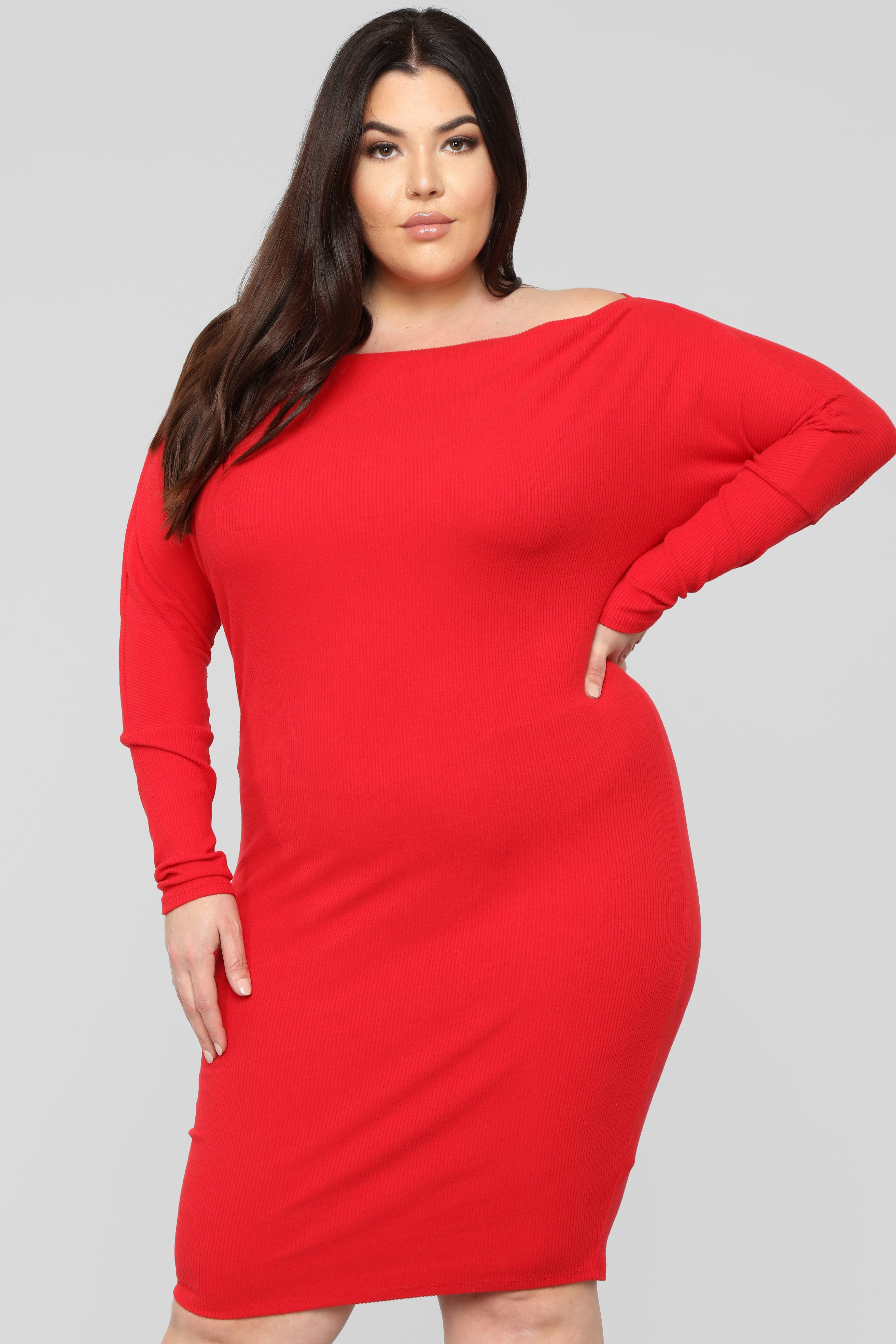 Sara Midi Dress Red In 2021 Red Dress Fashion Red Cocktail Dress [ 3936 x 2624 Pixel ]