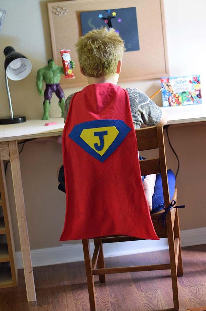 How to make an easy, DIY, no sew, superhero cape for children in ...