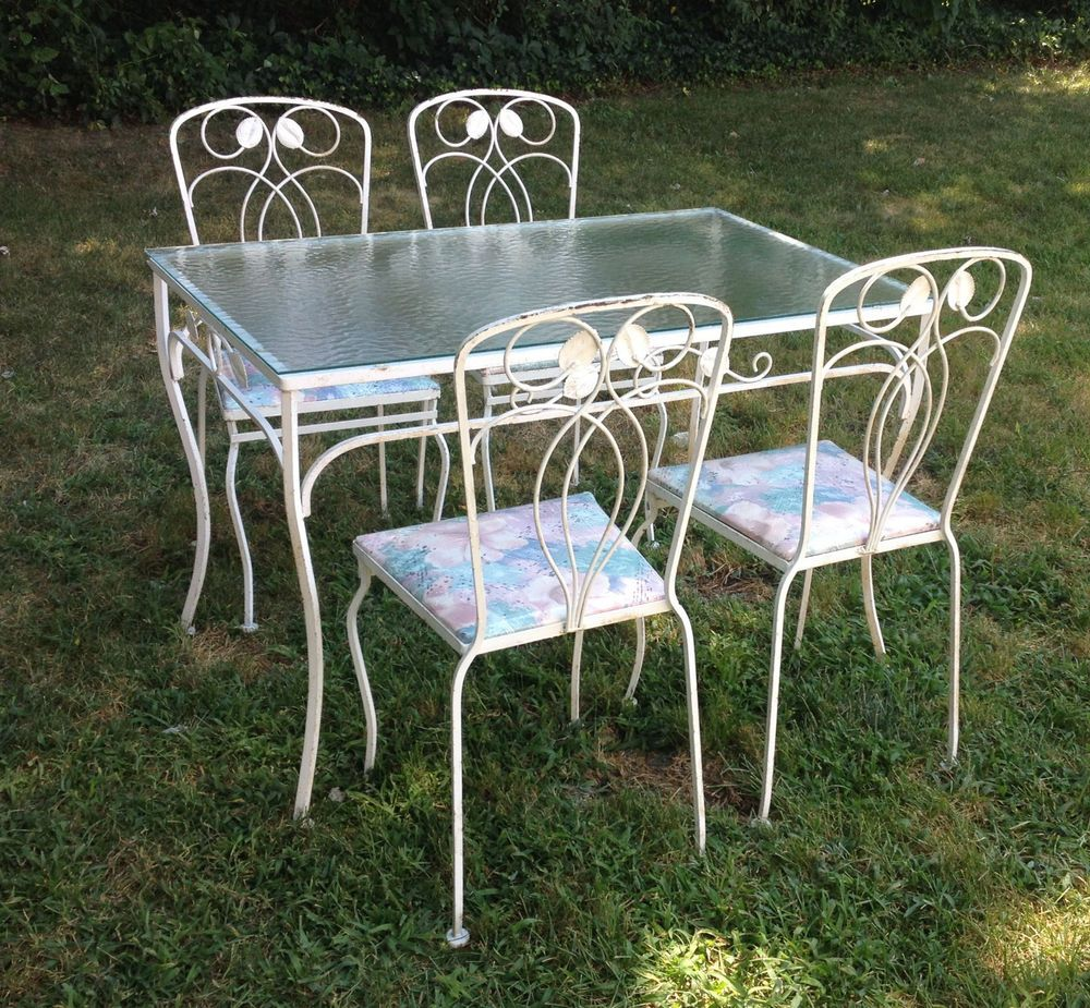 Vintage Shabby White Wrought Iron Table And 4 Chairs Porch Set