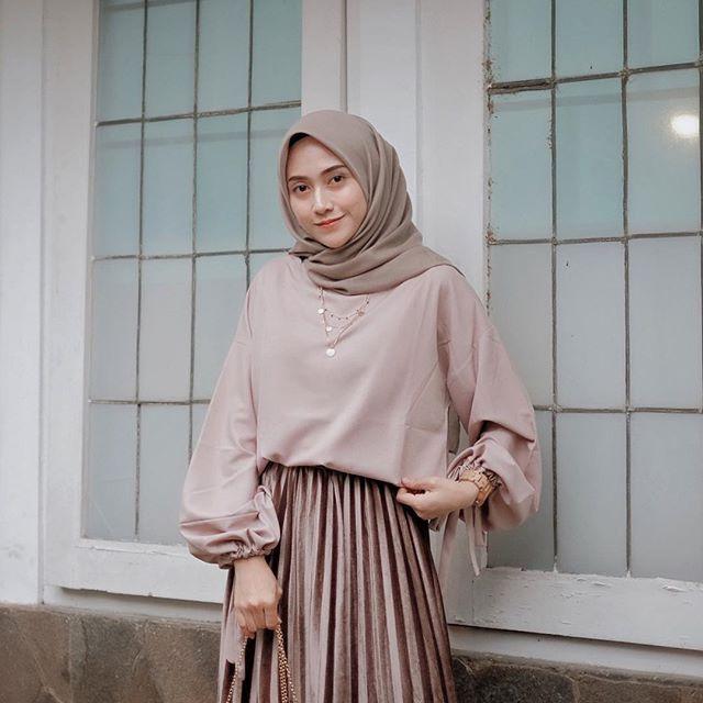 Pertama Kali ke CFD, Nia Ramadhani Salah Kostum dan Bikin Heboh!