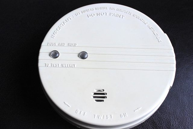 How To Turn Off The Beep On A Hard Wired Smoke Detector Smoke Detector Smoke Alarms Detector