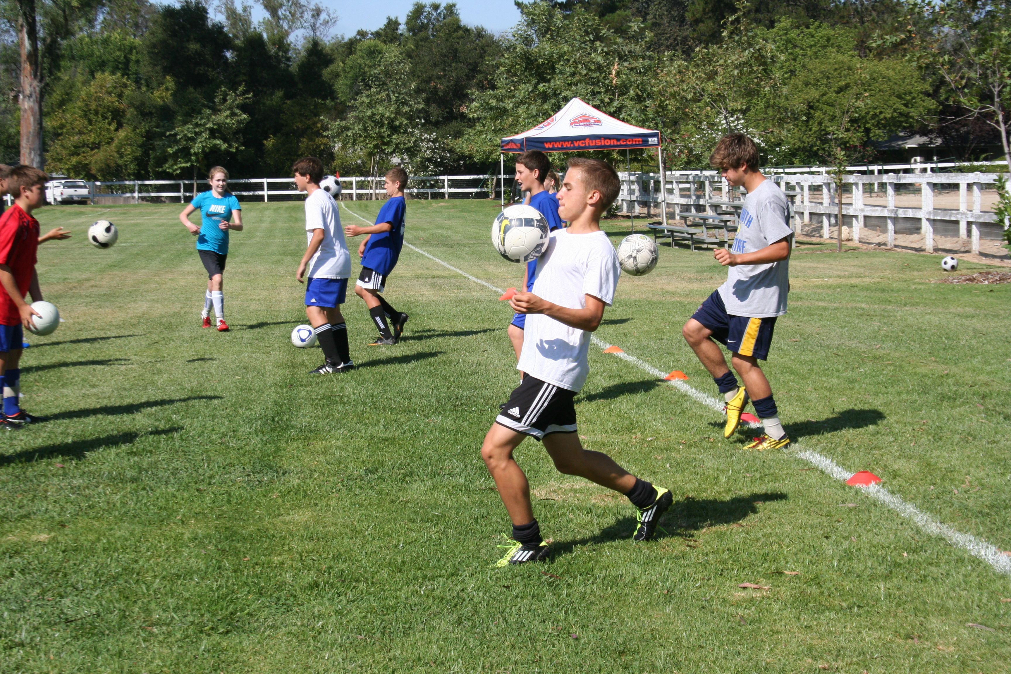soccer camps Accelerate your game at the nike soccer camps and the vogelsinger soccer  academies see instant improvement in your soccer skills.
