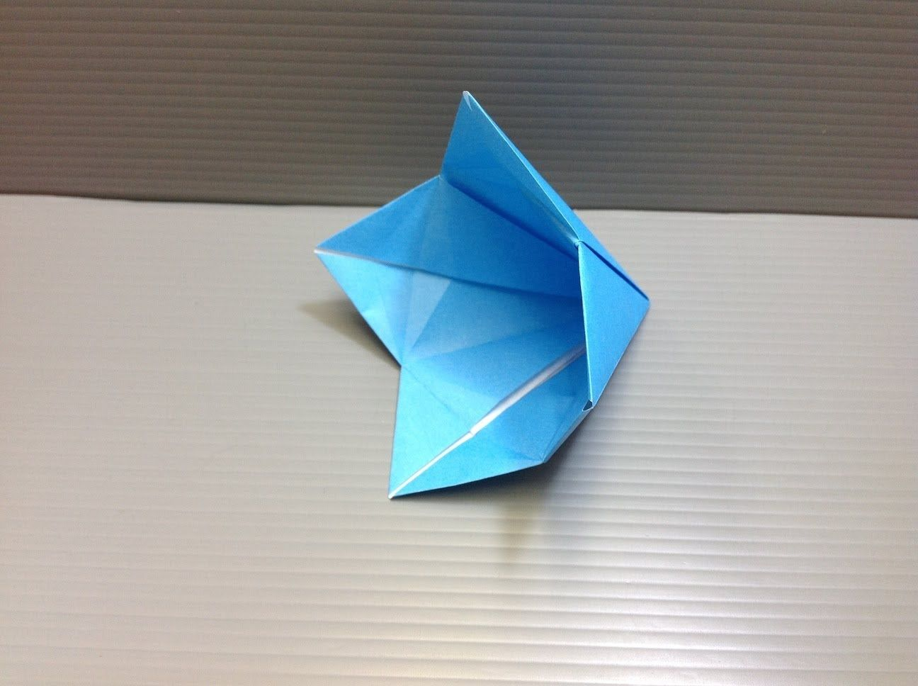 Video Tutorial How To Fold An Origami Bell Flower Origami