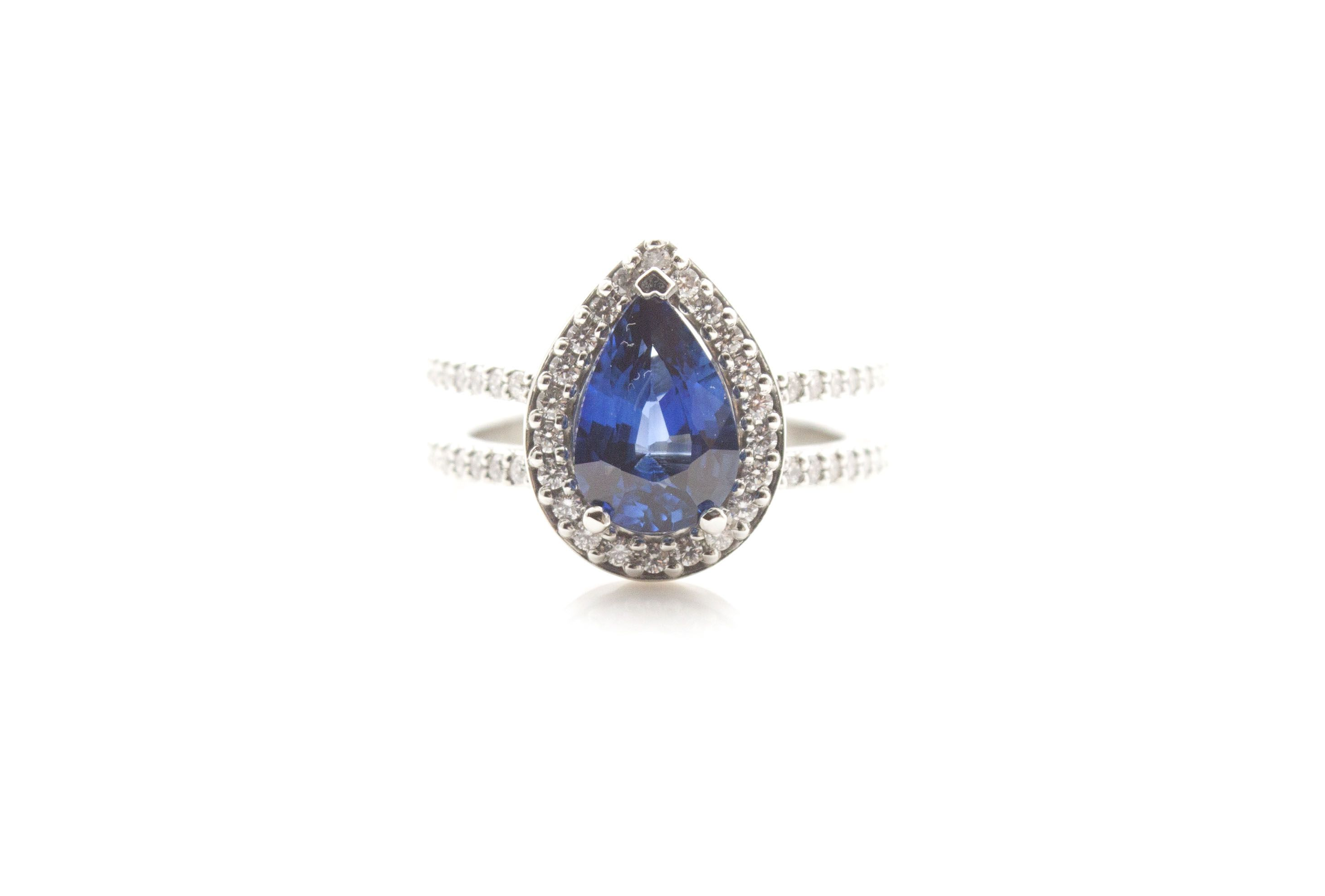 sapphire il cut pale blue fullxfull loose zoom oval natural listing