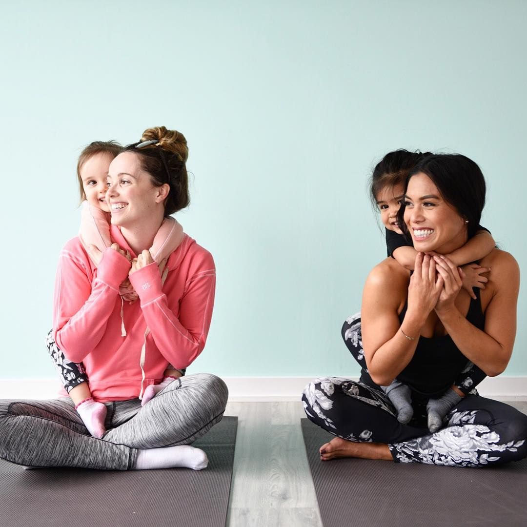 matching with mommy sure is fun {Left: Pace-Setter Leggings + Signature Hoodie, Coral / Right: Antigua Slate Extend Leggings / On Kids: Mini Antigua Slate Leggings} | @albionfit