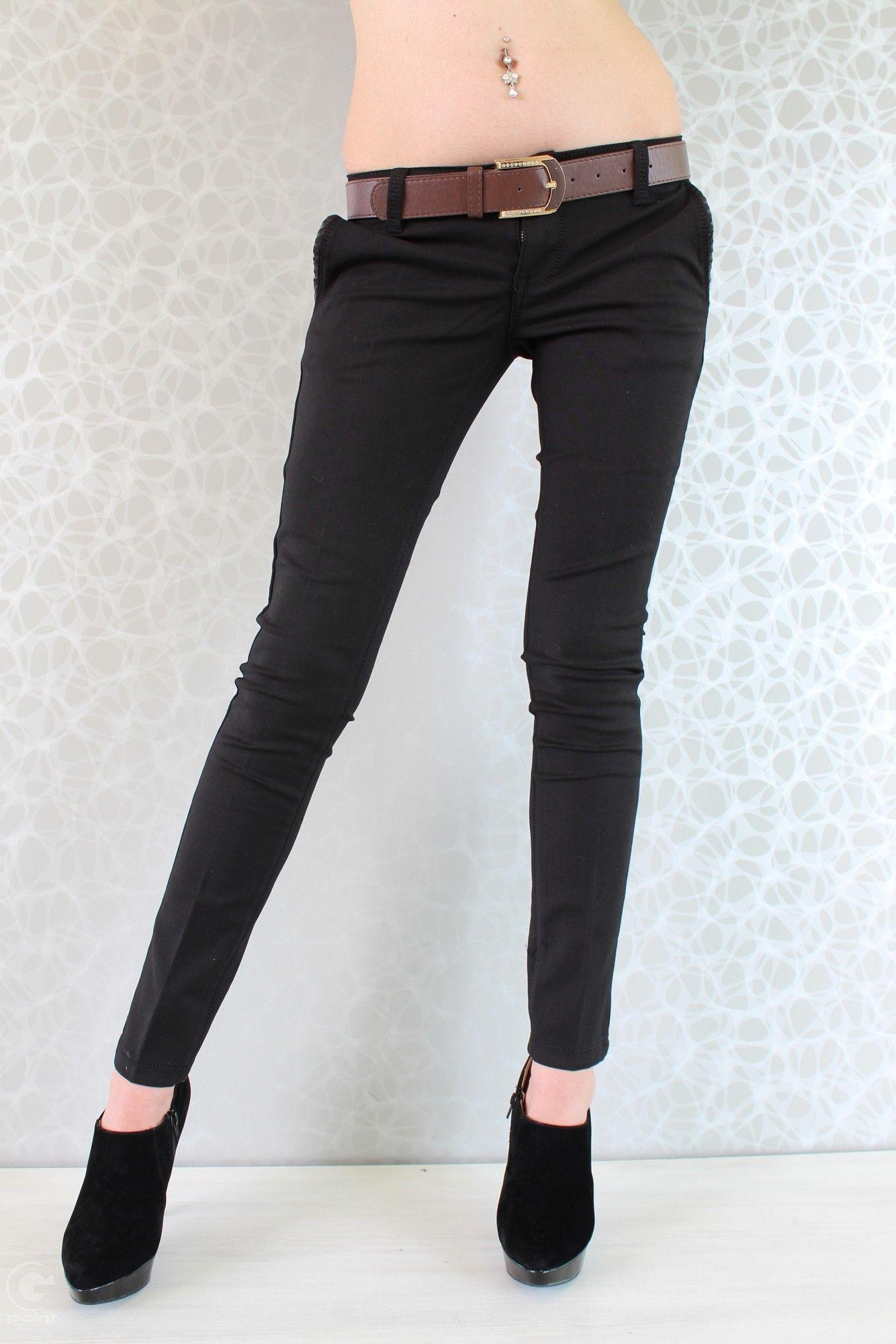 bbb17b853fd Панталоните са една от най - носените дрехи в ежедневието. Модел Елия е  стилен и
