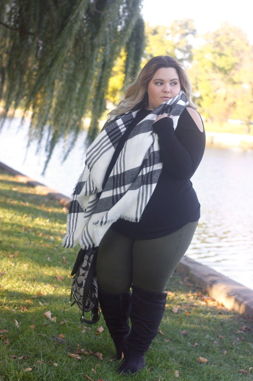 505f500428879 blanket scarf