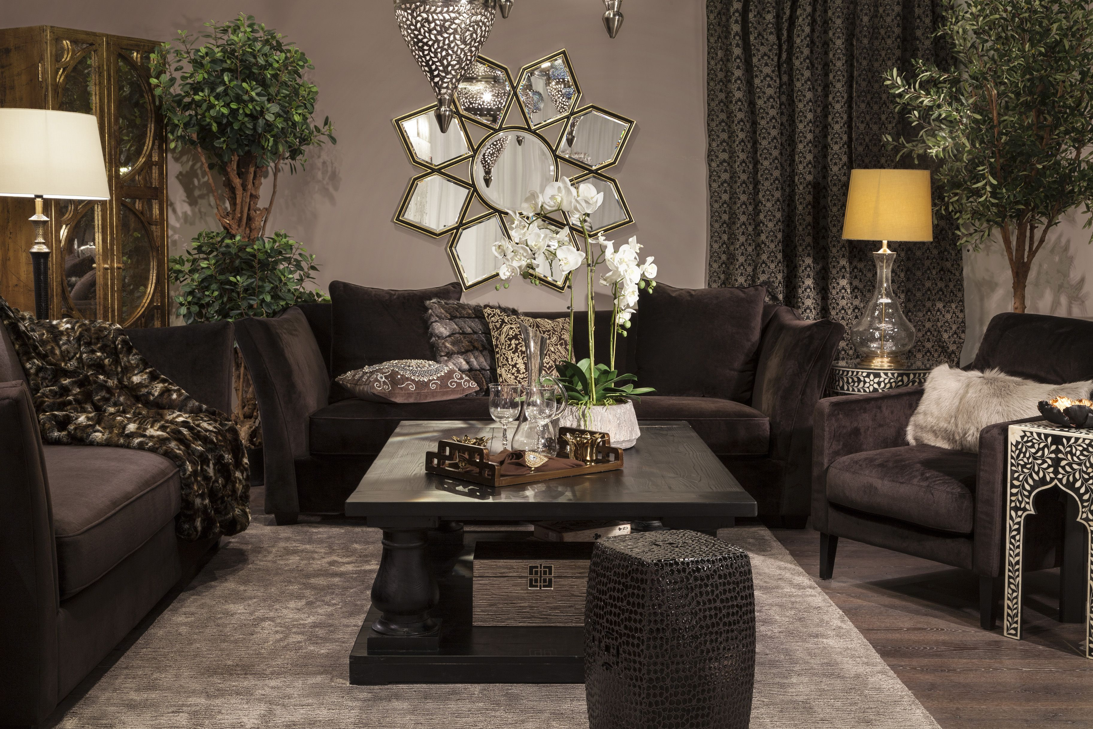 Living - Eclectic Ethnic Goes Edgy With An Eclectic Mix