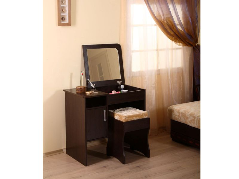 Lovely Modern Small Dressing Table With Folding Mirror