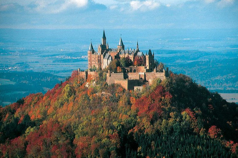 Burg Hohenzoller Baden Wurtemberg Magic Beautiful Castles Germany Castles Hohenzollern Castle