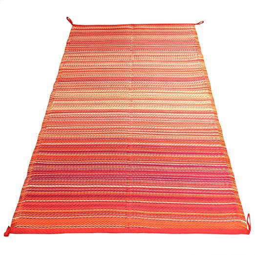 Amazon Com Indoor Outdoor Rug 6x9 Ft Reversible Easy Care Waterproof Plastic Straw Mat Ideal Patio Rv Ca In 2020 Indoor Outdoor Rugs Outdoor Rugs Outdoor Carpet