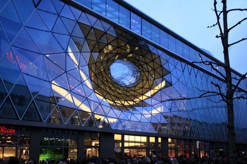 AECCafe.com - ArchShowcase - MyZeil Shopping Mall in Frankfurt, Germany by Studio Fuksas