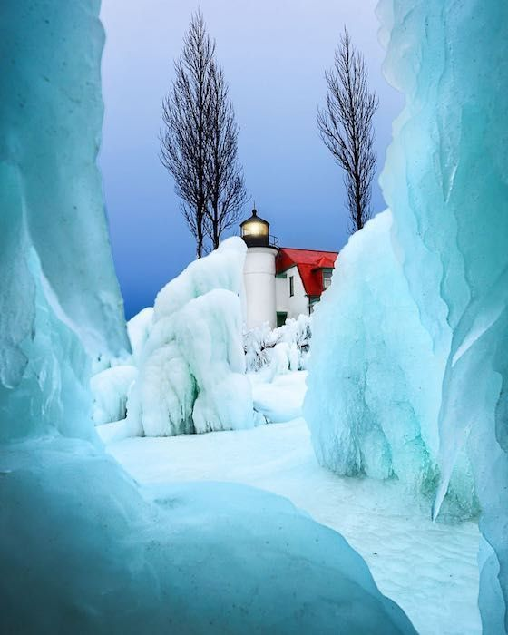 Fantastic Frozen Lighthouses In Michigan