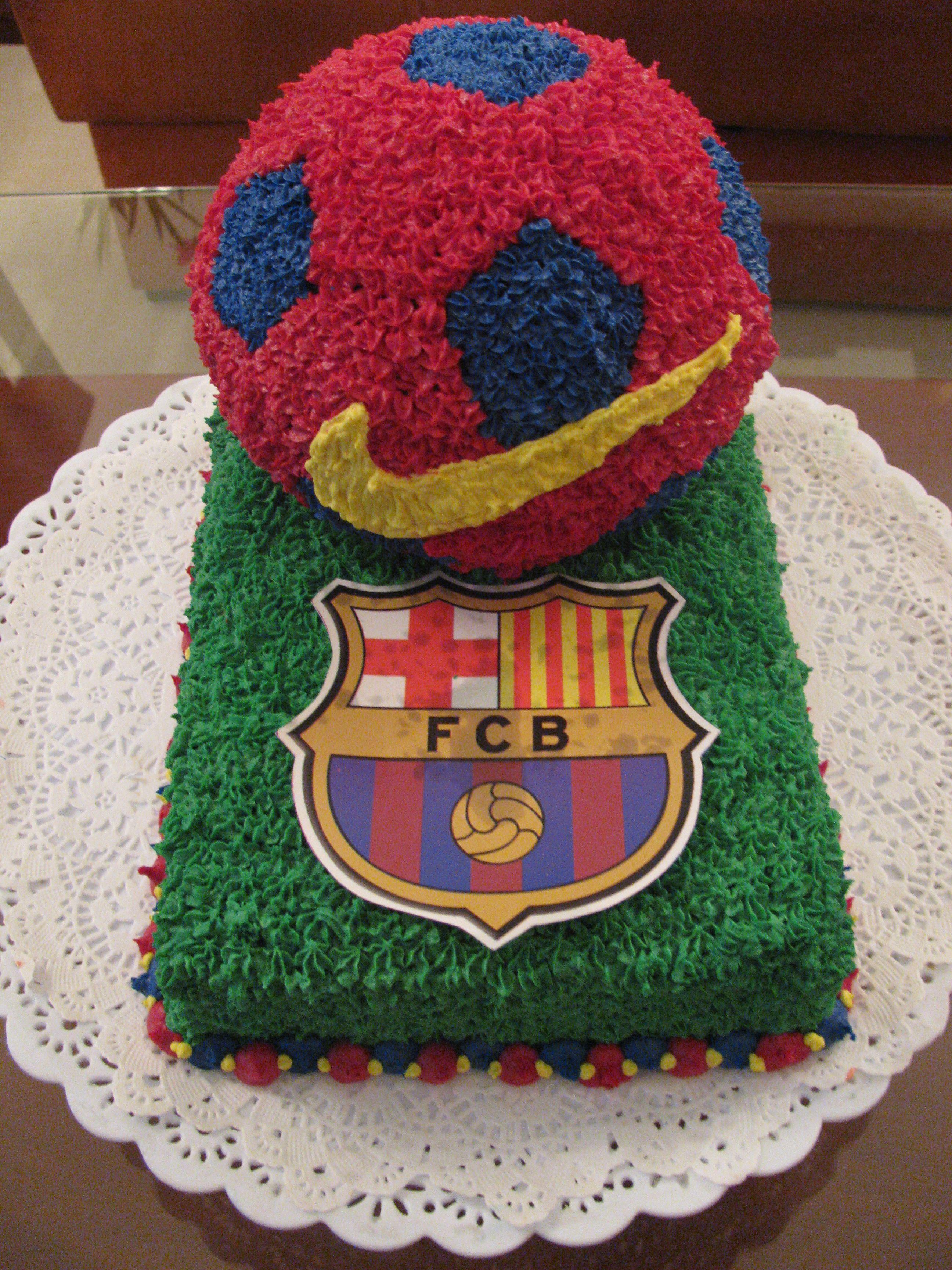 Tortas infantiles pastelis maneja suaves masas de for Tortas decoradas infantiles