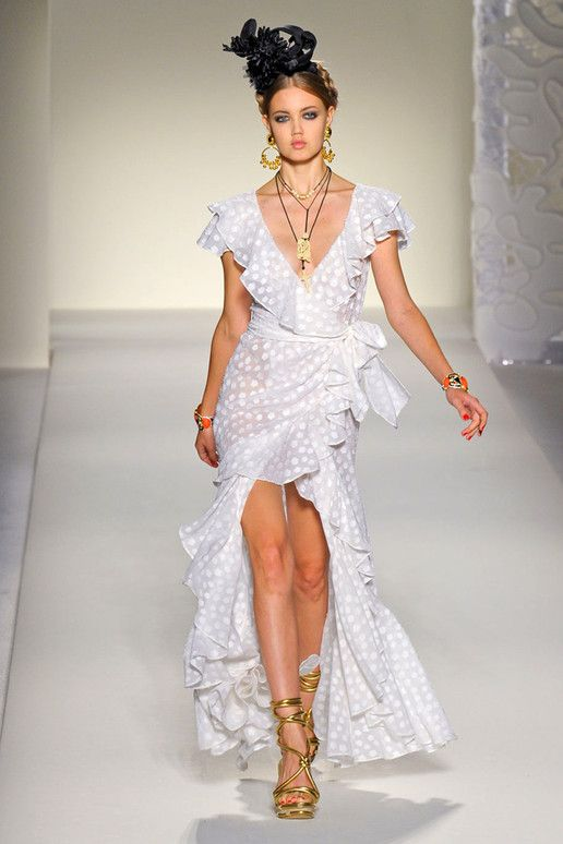 Moschino Spring 2012 RTW from Elle.com