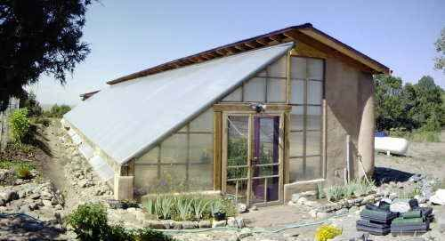 Subterranean Heating Cooling System Used In A Strawbale Greenhouse