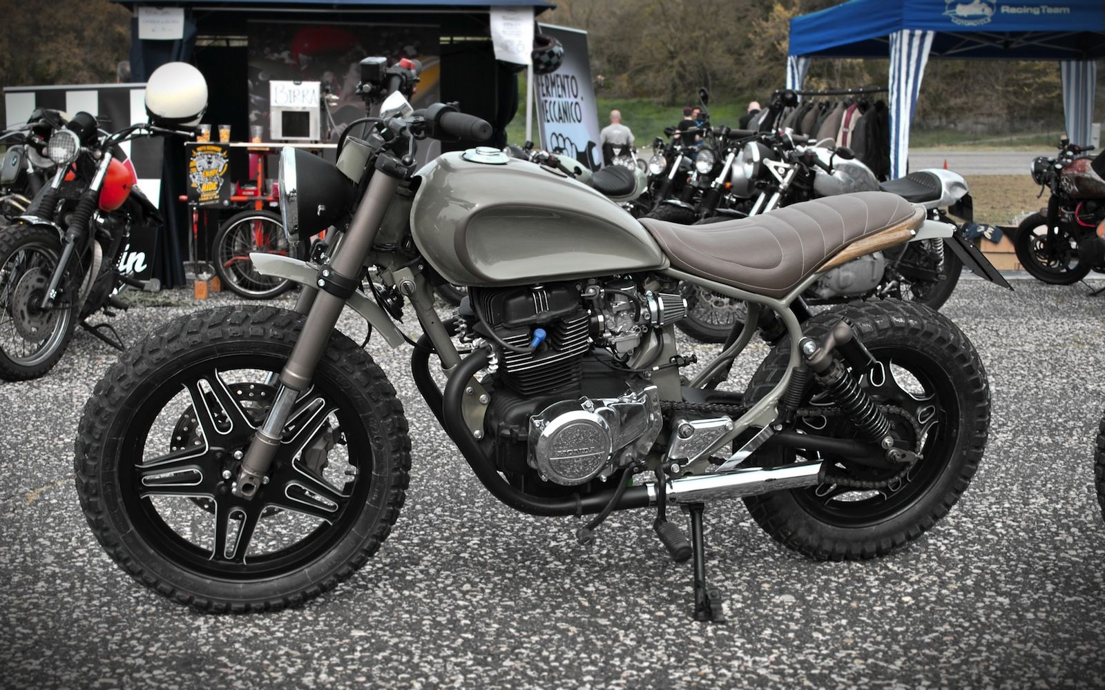 matteucci garage honda cm400 bikes pinterest motocicleta. Black Bedroom Furniture Sets. Home Design Ideas