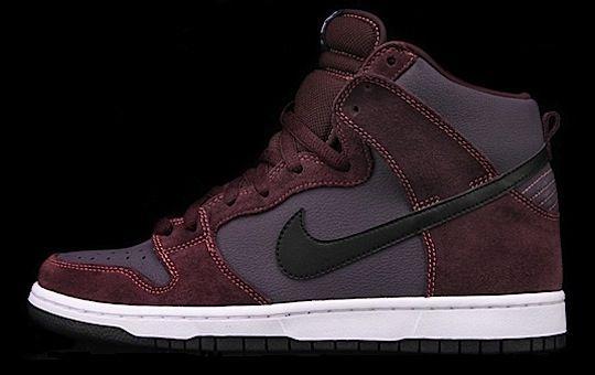 buy popular a7f2c 1bc47 Nike SB Dunks – April 2012