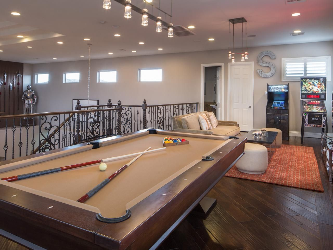 Before and After: The Property Brothers' Las Vegas Home