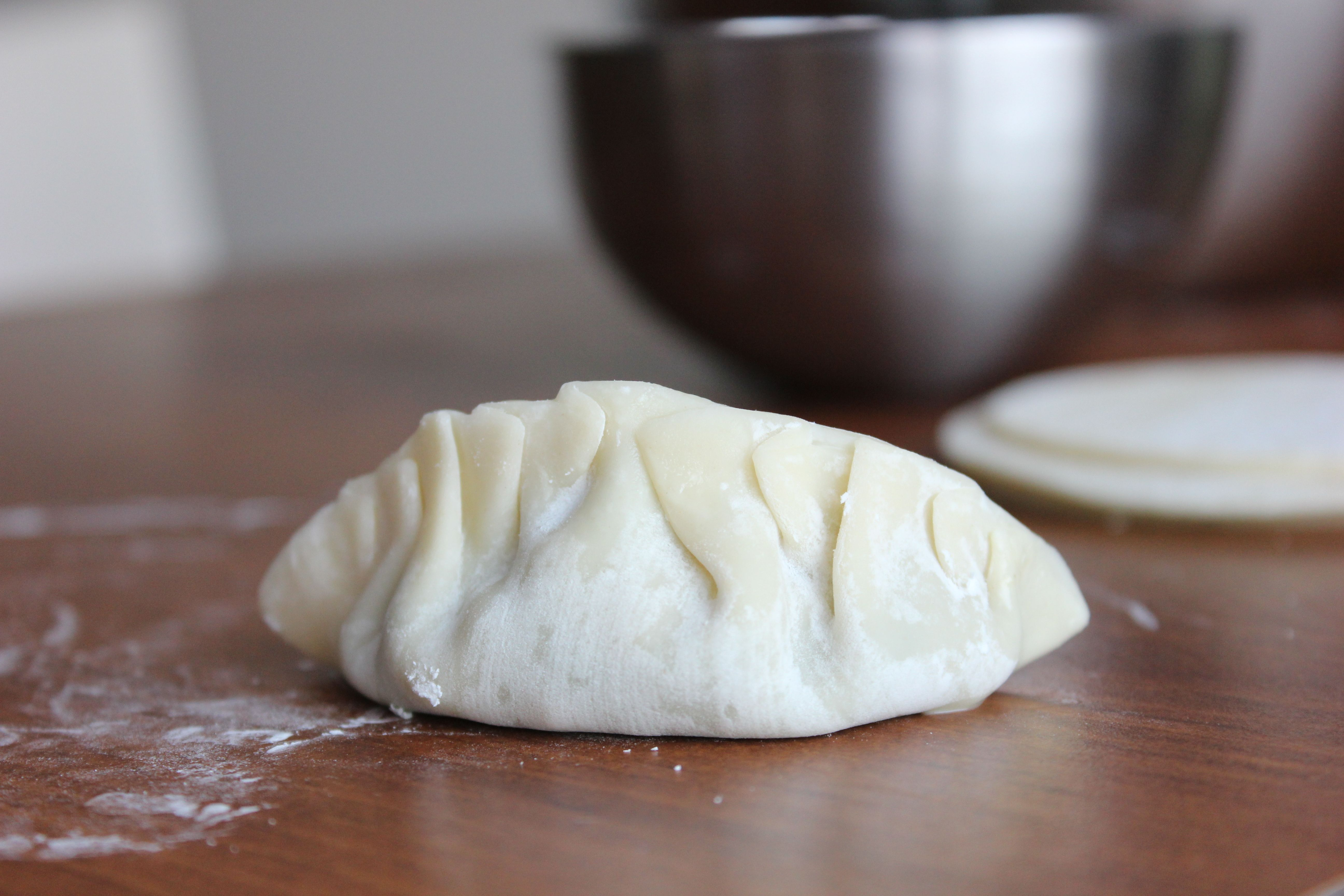 Whip out your chef's knife, and try this tasty Chinese dumplings recipe, or 鍋貼.