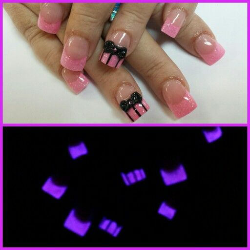 #GlowInTheDark  #3Dbows #pinstripes #coloredacrylic #handpaint#nailsbytammy