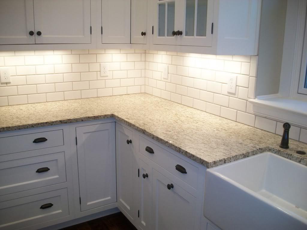 Subway Tile Backsplaash Latour Backsplash Kitchen White Cabinets
